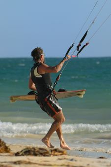 Free Kite Surfer On Beach Stock Photos - 2303913