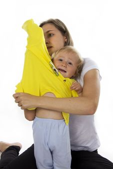 Free Careful Mother Dresses The Daughter Stock Photography - 23009342