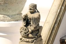 Free Chinese Doll Stucco Royalty Free Stock Image - 23009606