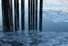 Free Pier Pillars In Icy Water Stock Photos - 23020083