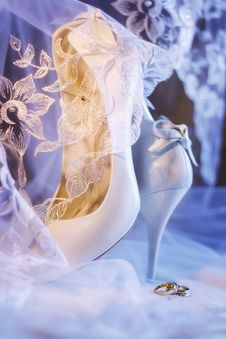 Free Wedding Shoes Royalty Free Stock Photo - 23024945