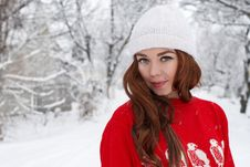 Free Young Red Hair Woman Outdoors Royalty Free Stock Images - 23034999