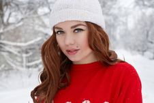 Free Young Red Hair Woman Outdoors Stock Photography - 23035042