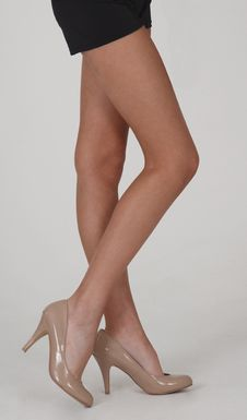 Free Bare Legs In Tan High Heels And Black Shorts Stock Photo - 23065990
