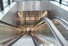 Free Corporate Escalator Stock Photography - 23090442