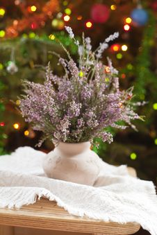 Free Vase With Heather Stock Image - 23096971