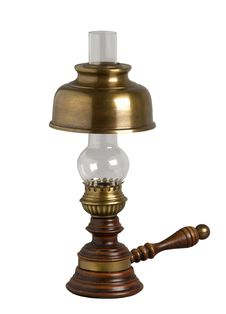 Free Antique Oil Lamp Stock Photography - 23097542