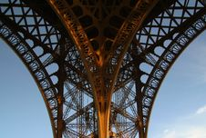 Free Eiffel Tower Ornate Leg Stock Images - 2310854