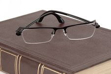 Free Book And Glasses Royalty Free Stock Image - 2314386