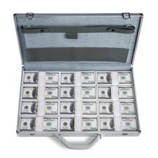 Free Briefcase Full Of Money Royalty Free Stock Images - 2319489