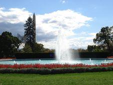 Free Fountain Royalty Free Stock Photo - 2319685