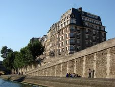 Free Seine River Afternoon Royalty Free Stock Image - 2319836