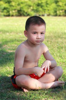 Free Thai Boxing Kid Relax Stock Photo - 23101610