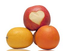 Free Apple With Heart Royalty Free Stock Photos - 23101858