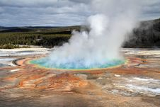 Free Grand Prismatic Pool Royalty Free Stock Images - 23104579