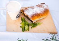 Strudel With Poppy Seed Royalty Free Stock Photos