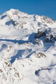 Free French Alps Ski Resort Royalty Free Stock Photo - 23109265