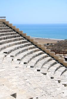 Free The Greco-Roman Amphitheater Kourion Royalty Free Stock Photo - 23152875