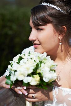 Free Happy Bride With Flowers Stock Photo - 23171630