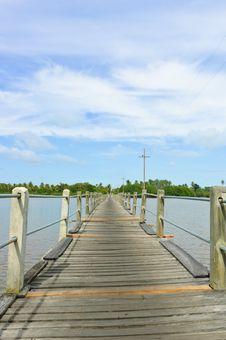 Free Wood Bridge Over A River Stock Photos - 23174753