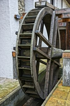 Free Exhibit Of Wooden Water Mill Wheel Stock Photo - 23179290