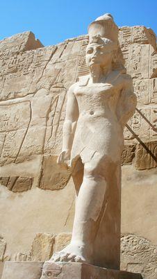 Free Statue Of Pharaoh Royalty Free Stock Image - 23182496