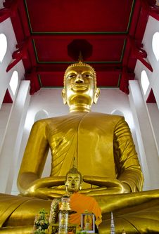 Free A Larger Buddha,  Ang Thong Province, Thailand. Stock Photo - 23196180