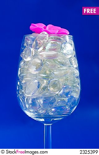 Free Sparkling Blue Wine Glass Royalty Free Stock Images - 2325399