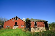 Free Old Abandoned Barn 2 Royalty Free Stock Photos - 2320538
