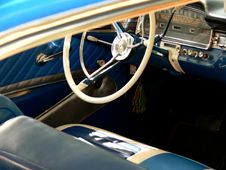 Free Classic Car Royalty Free Stock Image - 2321716