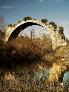 Free Ancient Roman Bridge Of Mantib Stock Images - 2322664