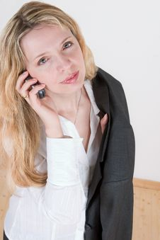 Free A Woman Talking On A Mobile Stock Photography - 2326342