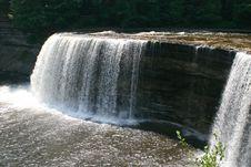 Free Raging Waterfall Royalty Free Stock Photo - 2327665