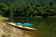 Free Canoes Stock Photos - 2329623