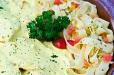 Free Tagliatelle With Cream Sauce Royalty Free Stock Image - 23202676