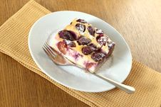Free Clafoutis With Plums Stock Image - 23202911