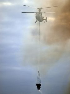 Free Helicopter Fighting Fire Stock Photo - 23210130