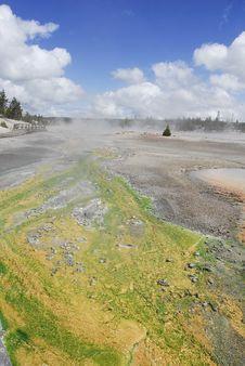 Free Yellowstone Hot Springs Royalty Free Stock Photos - 23211468
