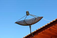 Free Satellite Dish Royalty Free Stock Photo - 23220455