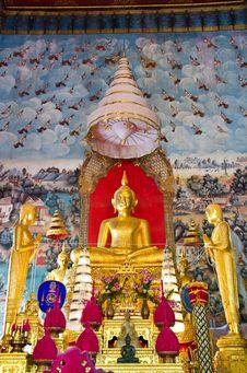 Free Buddha Statue,  Ang Thong Province, Thailand. Stock Image - 23251151