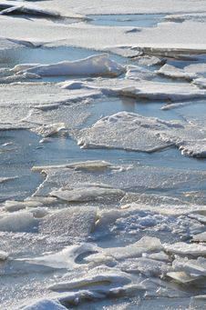 Free Ice Floes Royalty Free Stock Photo - 23264485