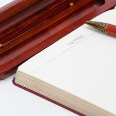 Notepad And Pan Royalty Free Stock Photo