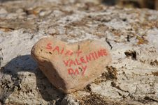 Free Happy Saint Valentine S Day On A Stone Heart Royalty Free Stock Images - 23286309