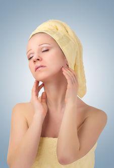 Free Beautiful Girl In Yellow  Towel Feels Pleasure Royalty Free Stock Image - 23292076