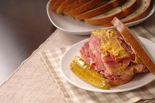 Free Corned Beef Sandwich Stock Photo - 2331700
