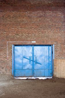 Free Blue Gate In Brick Wall Stock Photos - 2337103