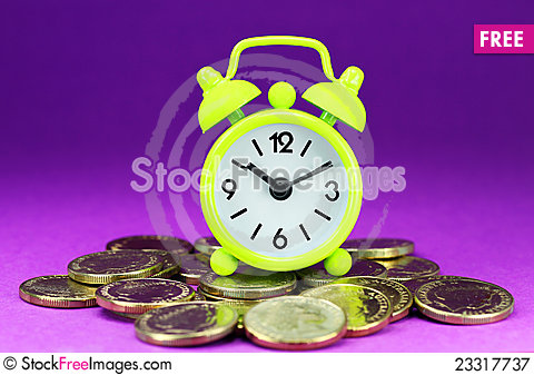 Free Lime Green Clock Coinage Royalty Free Stock Photography - 23317737
