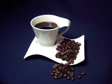 Free Cup Of Coffee Royalty Free Stock Photos - 23325578