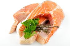 Free Fresh Steak Of Trout With Parsley And Rosemary Royalty Free Stock Photos - 23327438
