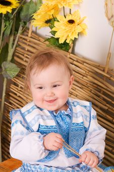 Free Baby In The Ukrainian National Costume Smiling Royalty Free Stock Images - 23330749